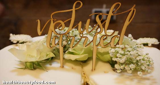 Things You Should Know About Wedding Cake Toppers